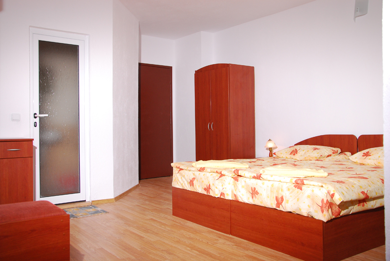 http://www.hotel-andromeda.com/gallery/DSC_5451-800.jpg