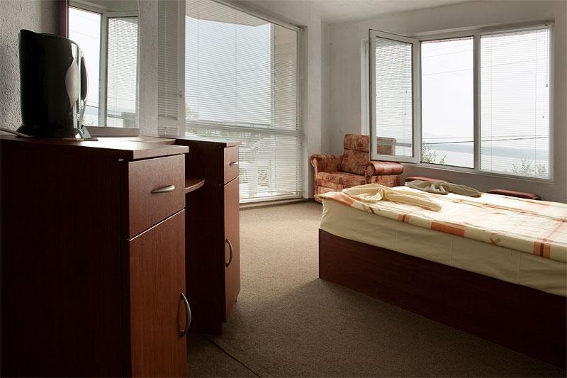 http://www.hotel-andromeda.com/gallery/IMG_0377.jpg